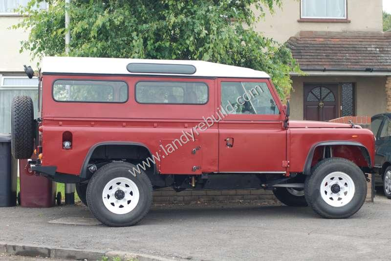 Side view Land Rover 110
